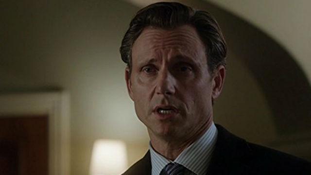 Episódio 'Um Homem Inocente': Olivia é contratada por um assassino condenado que afirma ter sido injustamente acusado. E Mellie fica intrigada com uma ex-primeira dama, cuja história é surpreendentemente semelhante à sua.
