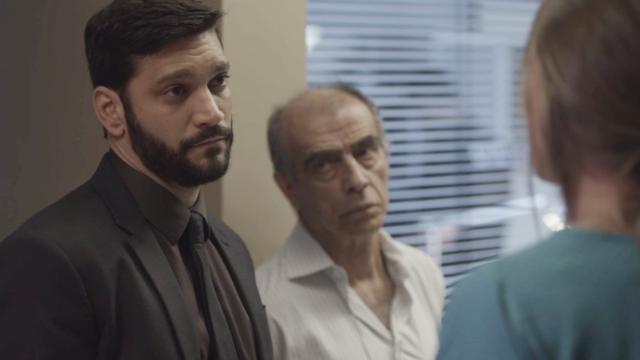 Diogo diz a Paloma que ela pode ser presa se Alberto morrer.