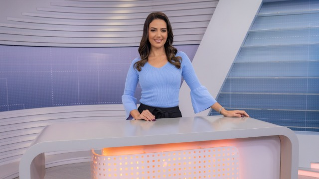 Mara Pinheiro comanda a segunda edição do jornal que apresenta as principais notícias de Minas Gerais