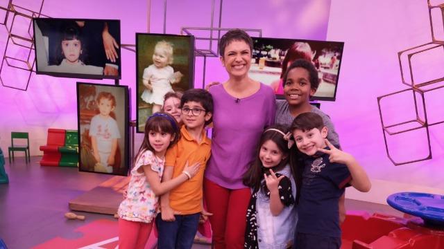 Sandra Annenberg ganha a companhia de pequenos convidados, com idades entre 6 e 8 anos, em um programa especial que comemora o Dia das Crianças.