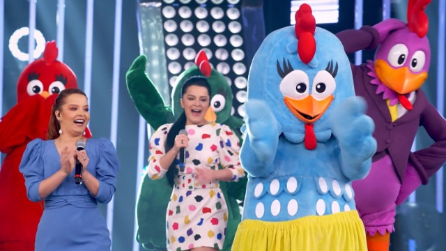 Gilberto Gil canta com a neta Flor Gil no especial de Dia das Crianças, que ainda conta com a participação de Galinha Pintadinha, Mundo Bita e Palavra Cantada.