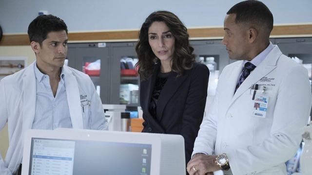 Episódio 'Ilhas - Segunda Parte': As gêmeas sofrem complicações com a cirurgia de separação e o hospital precisa tomar uma importante decisão. Enquanto isso, Shaun volta para anunciar sua saída do hospital.