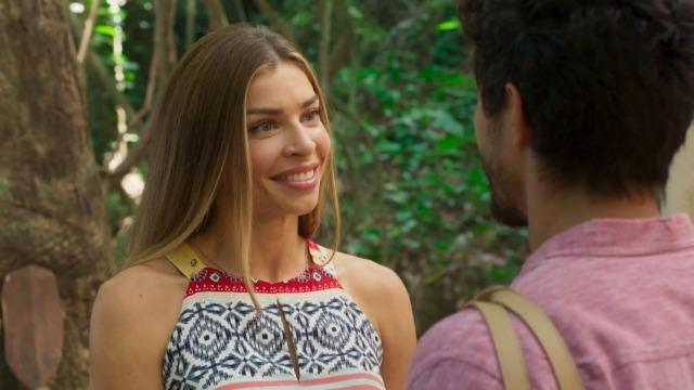 Marcos pede Paloma em namoro.