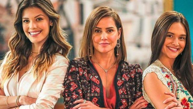 Criada e escrita por Daniel Ortiz, a novela conta a história de Alexia, Luna e Kyra, três mulheres que testemunham um crime, durante um furacão em Cancún, e têm suas vidas completamente transformadas.