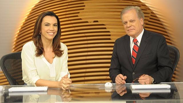 O telejornal, com apresentação de Chico Pinheiro e Ana Paula Araújo, exibe as primeiras notícias do dia no Brasil e no mundo e repercute os fatos mais relevantes.