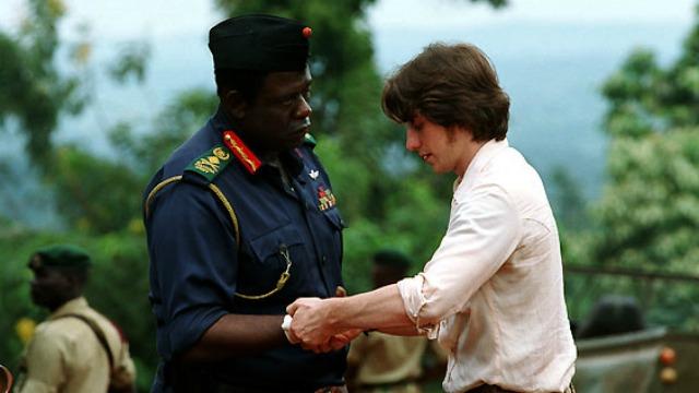 Nicholas Garrigan é um medico escocês recém-formado que parte para Uganda em busca de aventura e para ajudar um país que precisa muito de suas habilidades médicas. Após um incidente, ele vira, meio a contragosto, o médico particular do ditador Idi Amin, um dos mais terríveis de todos os tempos.
