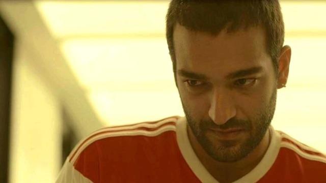 Sandro diz a Raul que ajudou no roubo da casa de Lídia.