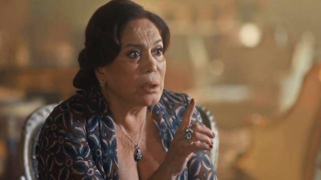 Emília arma plano para separar Alfredo e Adelaide.