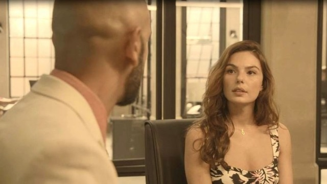 Betina decide o futuro de Álvaro na PWA.