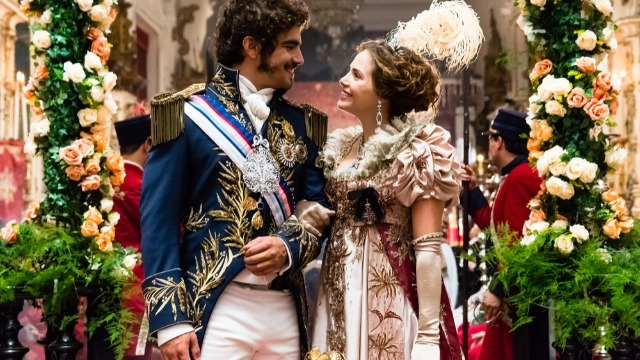 Joaquim é impedido de deixar aldeia, casamento real acontece e Anna tem pistas sobre o desaparecimento do pai.