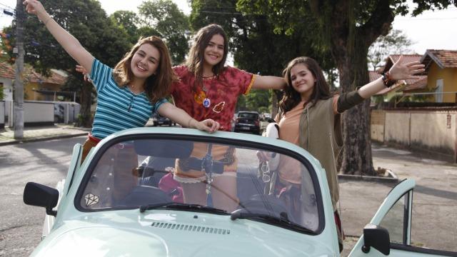 A banda pop Slavabody Disco Disco Boys, febre entre as meninas de todo o Brasil, anuncia que irá tocar no Rio de Janeiro. Fãs de carteirinha do grupo, as adolescentes e melhores amigas Gabi, Manu e Ritinha farão de tudo para que seus pais deixem que elas assistam ao show do grupo longe da cidade onde moram.