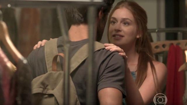 Eliza e Jonatas matam a saudade e são interrompidos por Arthur