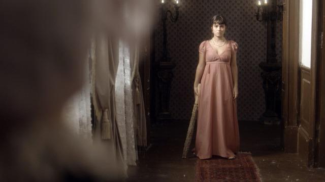 Piatã e Jacira invadem a casa de Thomas para salvar filha de Anna