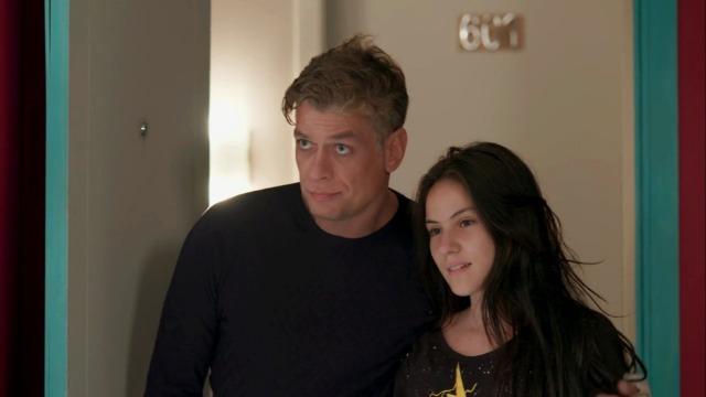 Arthur surpreende Eliza com pedido