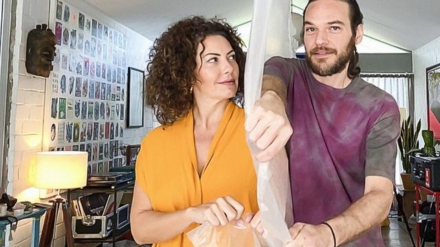 No episódio 'Territórios', Fabiula Nascimento e Emilio Dantas interpretam personagens que estão se separando, mas são surpreendidos pela pandemia.